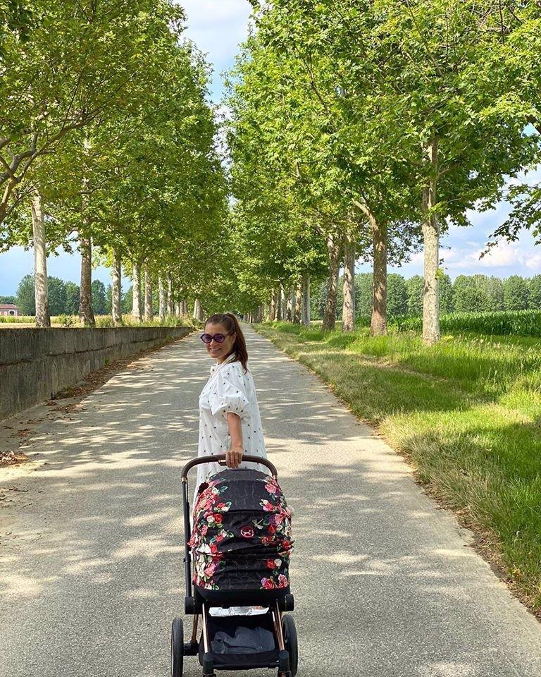 Alena Šeredová vyrazila s Vivi do přírody: Podívejte se na fotky plné něhy
