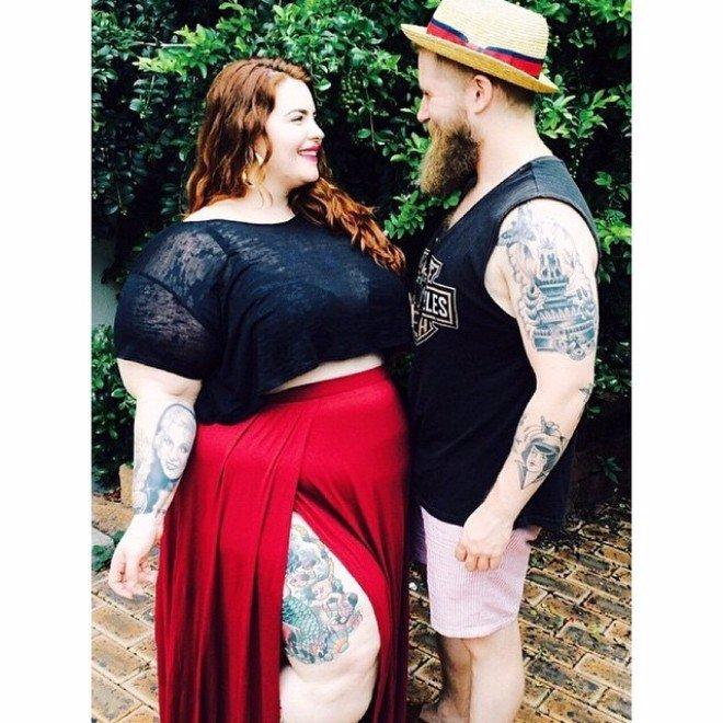 XXL modelka váží přes sto kilo, ale stejně se o ni mohou muži poprat! Tahle galerie vás dostane