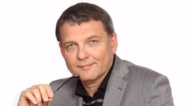 Novým ministrem kultury by se měl stát Lubomír Zaorálek: Oznámil to Hamáček