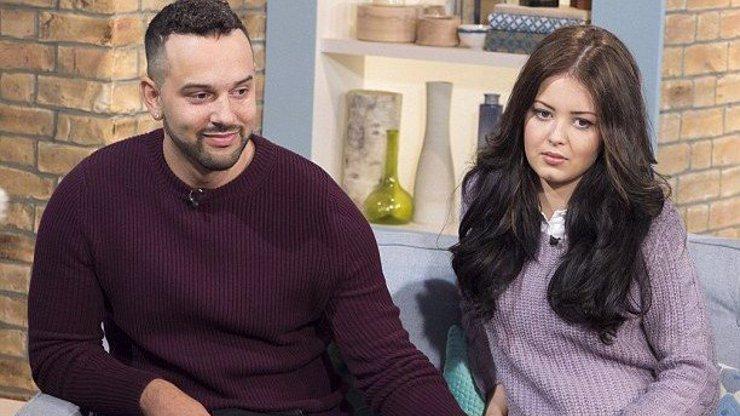 Muž otěhotněl spolu se svou snoubenkou! Trpí ranními nevolnostmi a roste mu břicho!