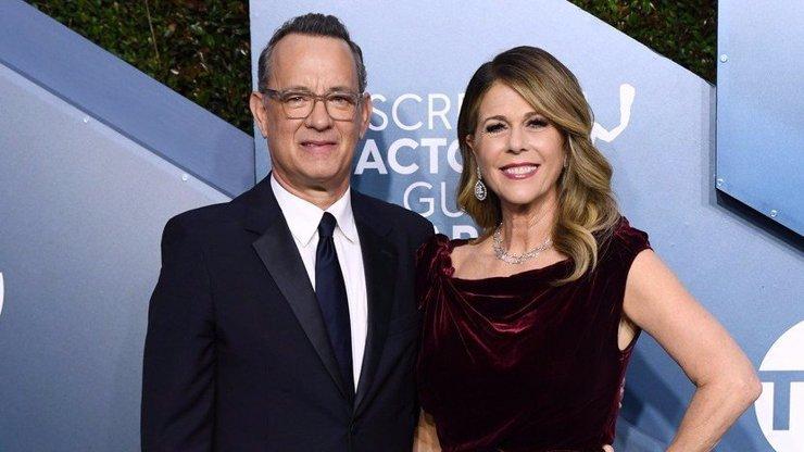 Tom Hanks a jeho žena mají koronavirus: Ozvali se z karantény a překvapili fotkou