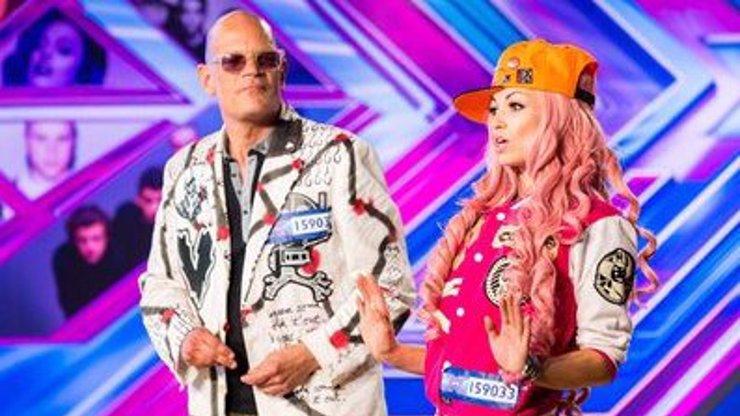 Tahle dvojice v britském X Factoru šokovala porotce, na důvod se musíte podívat ve videu!