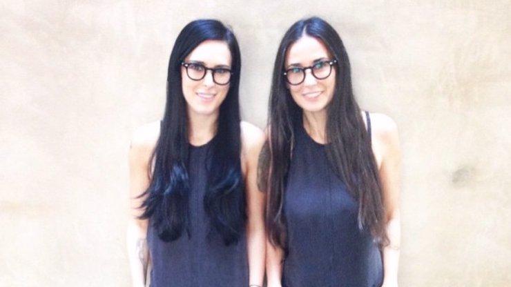 Jako by jim z oka vypadly: 15 slavných, kterým by děti mohly dělat zrcadlo