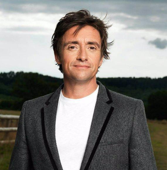Oblíbený moderátor pořadu Top Gear měl hrozivou nehodu: Skoro uhořel v elektromobilu!