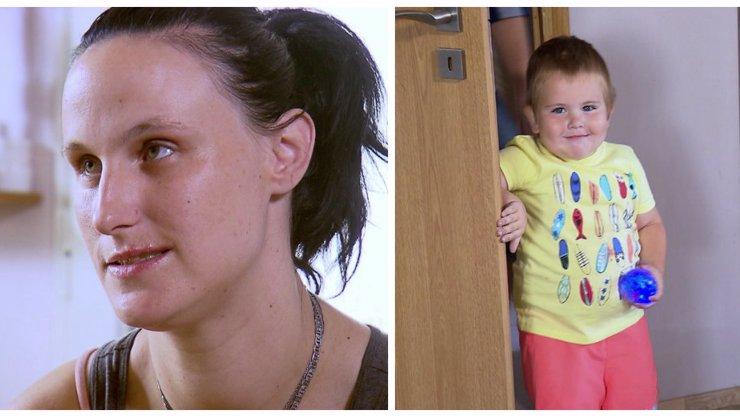 Výměna, ve které vládne tříleté dítě: Vzteklý rozmazlenec buší do náhradní mámy!