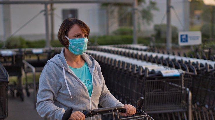 Víkendový rekord: V sobotu přibylo 2556 nakažených koronavirem