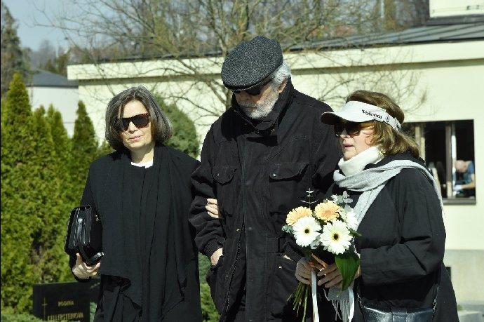 Tajemná úmrtí: Z rodiny Libušky Šafránkové (†68) zůstala jen sestra Miroslava!