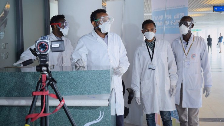 Koronavirus už je i v Africe, pracuje tam milion Číňanů: Vědci se obávají pandemie