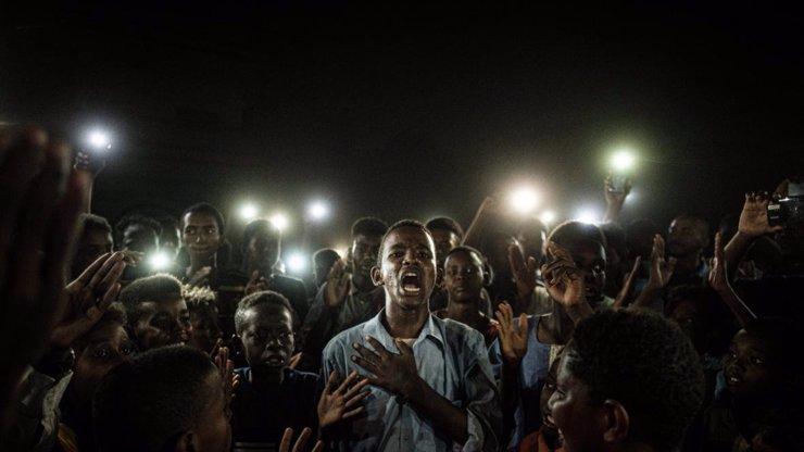 World Press Photo 2020 vyhrál snímek demonstrace: Podívejte se na všechny vítěze
