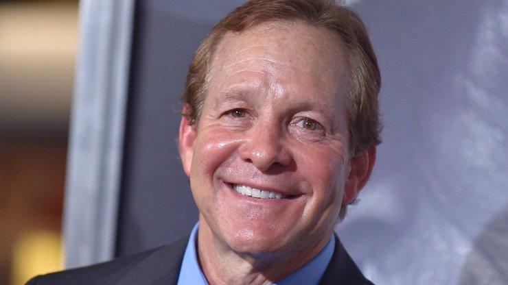 Steve Guttenberg slaví 62 let: Mahoney z Policejní akademie dal přednost herectví před zubařinou