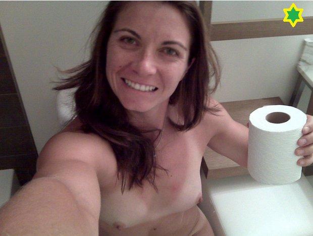 Pornoskandál Applu vydal zatím nejbrutálnější nahé fotky: Nejslavnější volejbalistka Ameriky je zralá na sebevraždu!