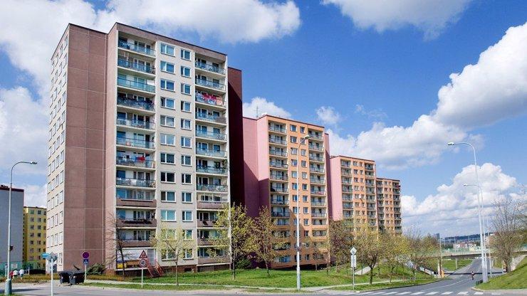 Hrozná tragédie: Chlapec (†12) nepřežil pád z 11. patra bratislavského paneláku