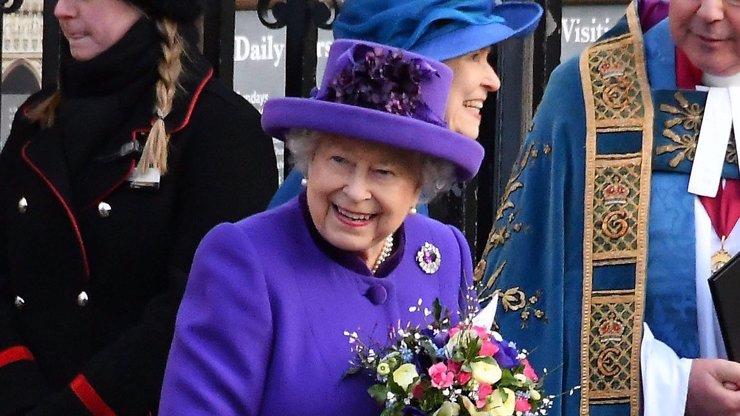 Tajné procházky královny Alžběty, na kterých ji nepoznávají: Dostává legrační otázky