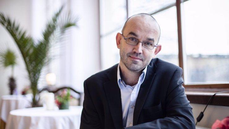 Jan Blatný odmítá ruský Sputnik V, požaduje vakcínu schválenou EU