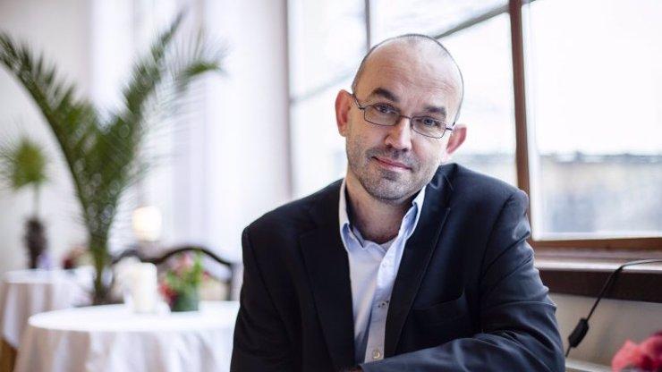 Ministr zdravotnictví Jan Blatný: Mlží kolem podpisu petice proti Babišovi a plete si číslo R
