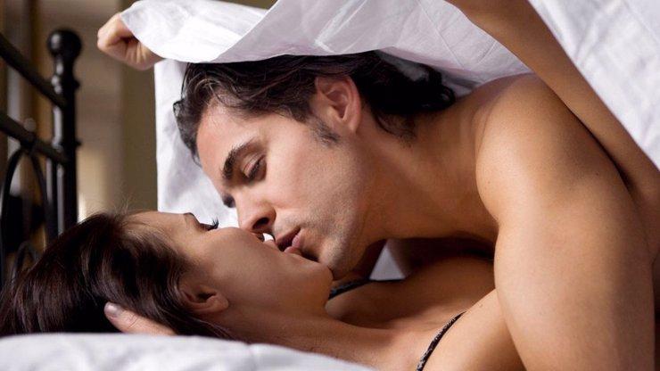 Muž narozený ve znamení Štíra: S jakými znameními mu to klape? Čtěte podrobný partnerský a erotický horoskop!