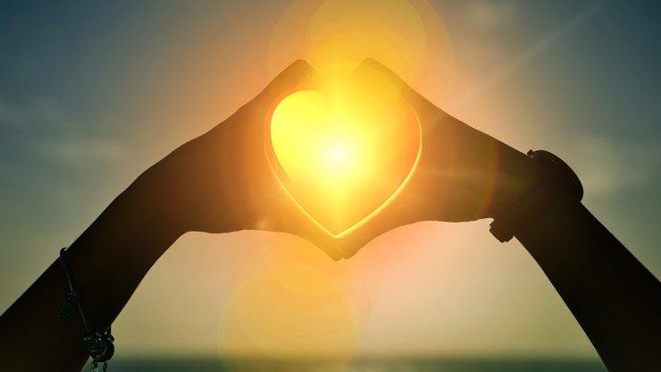 Slunce vstoupí do nepolapitelných Blíženců: Raci budou bloudit, Lvy ovládne tvrdá láska