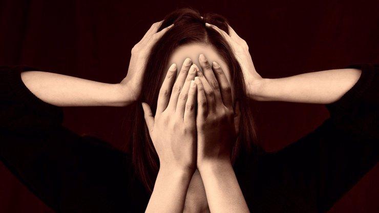 Dopady pandemie na psychické zdraví: Jak se vyrovnat se stresem a co radí lékaři