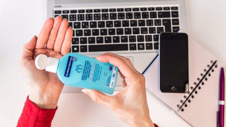 Zásadní věc v boji s covidem: Čisté ruce