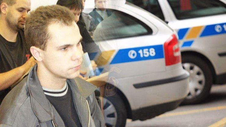 Zloděj, narkoman a vrah: Kdo byl muž, který byl zastřelen při vloupačce na Plzeňsku