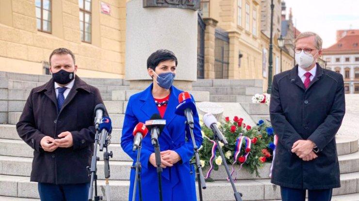 Politici z ODS, KDU-ČSL a TOP 09 si plácli: Příští volby v tom pojedou spolu