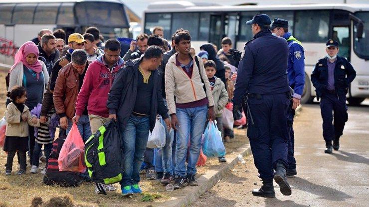 80 Syřanů míří do Česka! Poslali je k nám Turci. Tajné služby nyní prověřují, zda to jsou uprchlíci, nebo teroristé