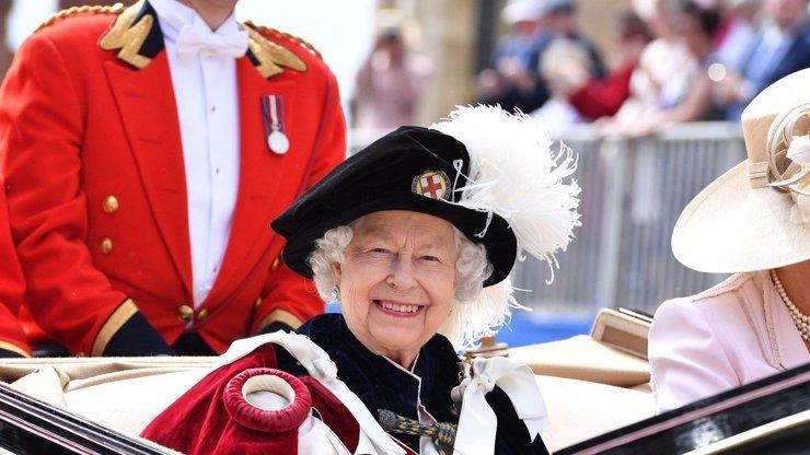 Narozeniny ve stínu úmrtí manžela: 10 faktů o královně Alžbětě II., které jste o ní možná nevěděli