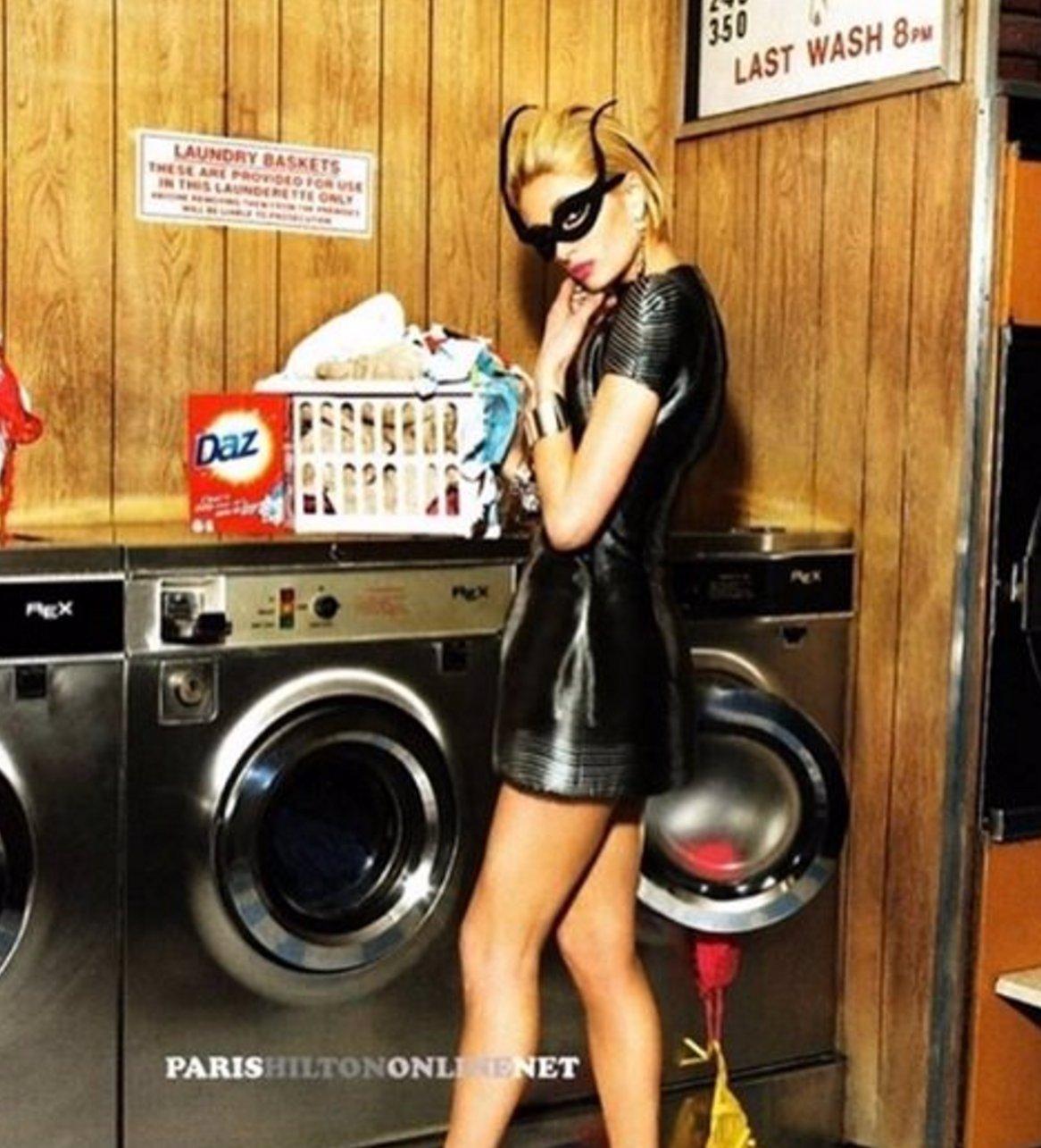 Tohle jsou NEJŽHAVĚJŠÍ fotky ROZMAZLENÉ milionářky Paris Hilton! Z 16 hodně dlouho nebudete spát!