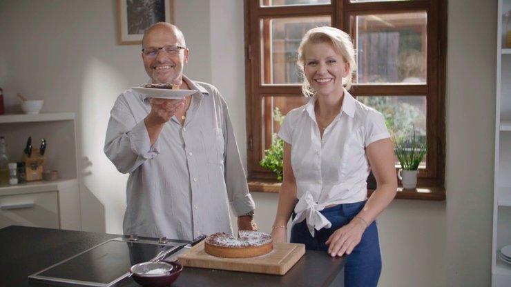 Šéfem za pár minut: Roláda ze sušenek je pozůstatek socialismu, říká cukrářka Iveta Fabešová
