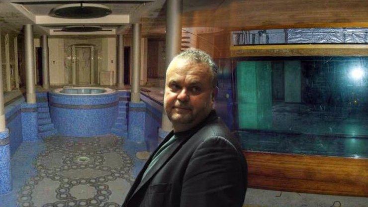 Král českých mafiánů Radovan Krejčíř žil v luxusu: Podzemní lázně a akvárium se žralokem
