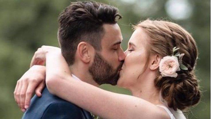 Youtuberka a sestra internetové hvězdy Jirky Krále se vdala! Katce to v bílém velmi slušelo