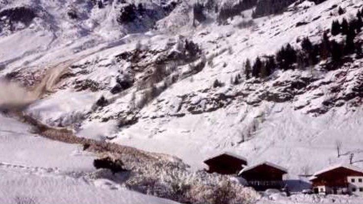 Neuvěřitelné video: Takové záběry řítící se laviny ještě nikdy nikdo nepořídil!