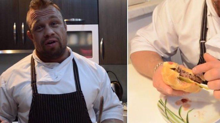 Ještě chutněji! Borec Filip Grznár má 2. díl pořadu o vaření: Zkuste špičkový burger plný síly!