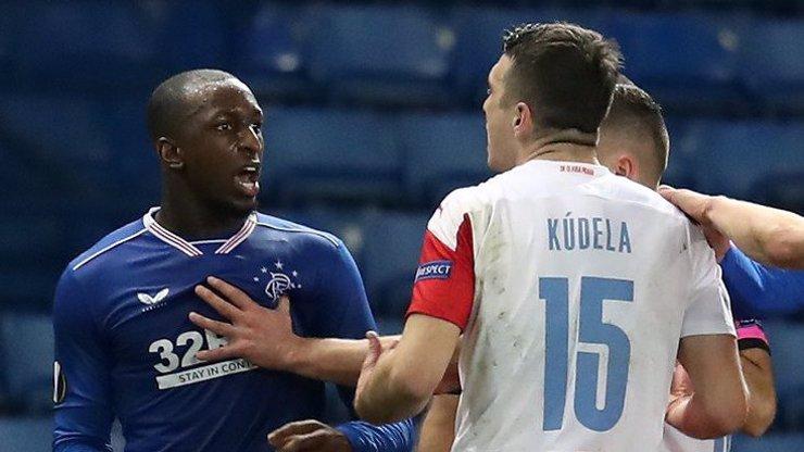 Glosa na Kauzu Kúdela: UEFA podporuje rasismus a mlácení lidí? To jako fakt?