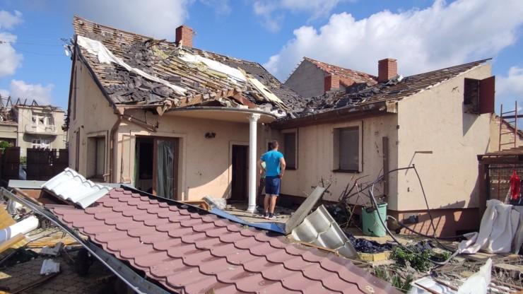 Oběti  tornáda na jižní Moravě: Děsí se budoucnosti i bezpečí, rozkoly byly velmi časté, říká interventka