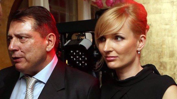 Petra Paroubková má na krku žalobu za 3,5 milionu. Otevřeně o rozvodové válce s Jiřím Paroubkem