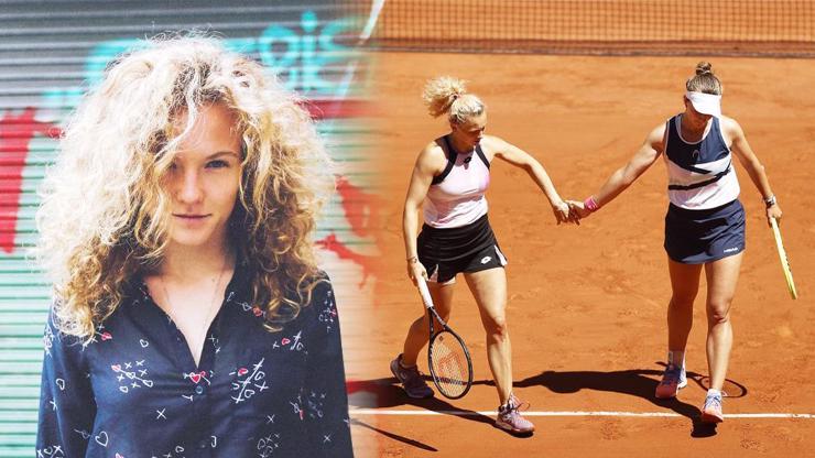 Kateřina Siniaková bude mít medaili! Tahle kudrnatá kráska se s Krejčíkovou probojovala do finále