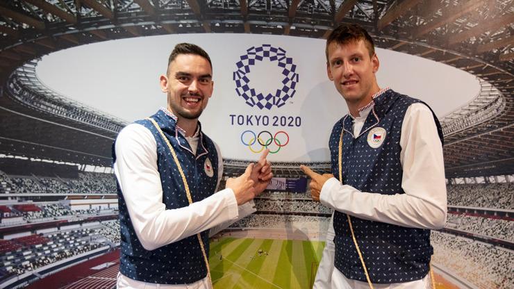 Zmařená olympiáda: Covidový let s pacientem nula Vlastimilem Voráčkem budou vyšetřovat