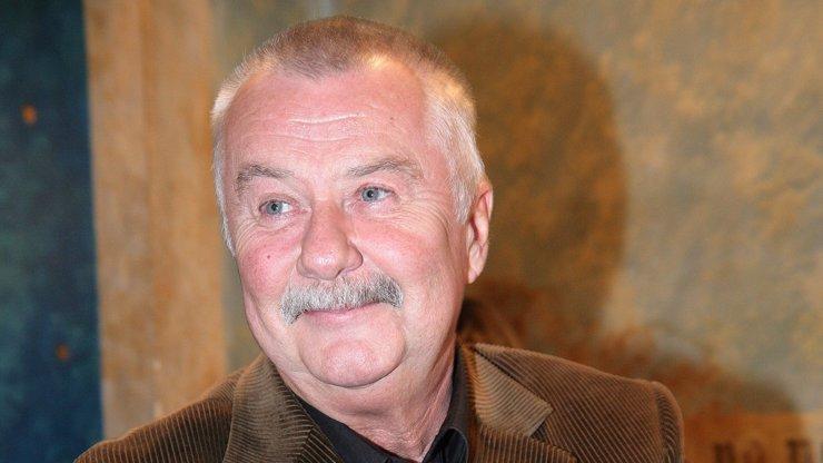 Ladislav Potměšil byl krásný a moudrý člověk, je to vysvobození, loučí se slavní kolegové