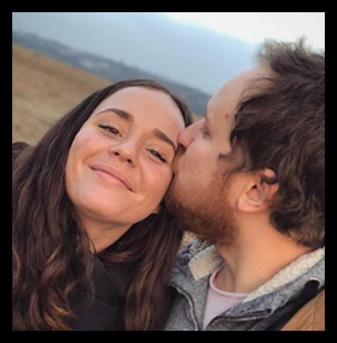 Manželka zpěváka Voxela a veřejné přiznání k lásce k více lidem: Odmalička jsem se za to vinila, napsala