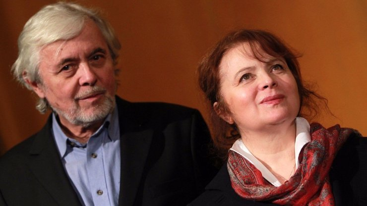 45 let spolu: Libuška Šafránková si prošla očistcem, teď zachraňuje Josefa Abrháma