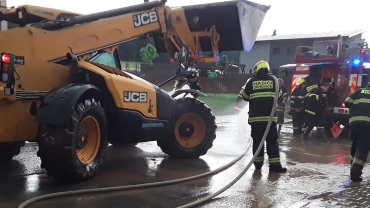 Týdenní předpověď: Do Česka dorazí pořádná výheň a bouřky mohou být ještě silnější