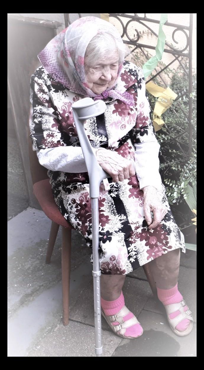 Babička (91) den před svými narozeninami přišla při tornádu o všechno, nyní prosí o pomoc!