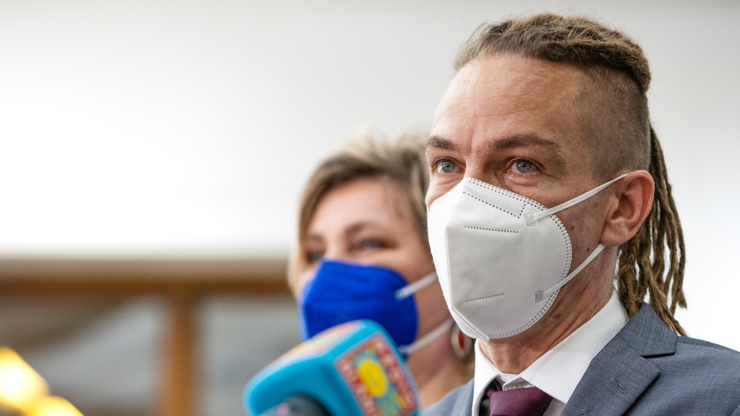 Ivan Bartoš pro eXtra.cz: Tato vláda je cesta do pekla, Piráti vědí, jak obnovit zem. A dojemná slova o Bertíkovi