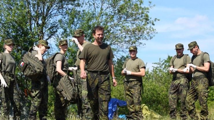 TV Prima se pustila do natáčení seriálu z vojenského prostředí, který dostal jméno 1. mise.