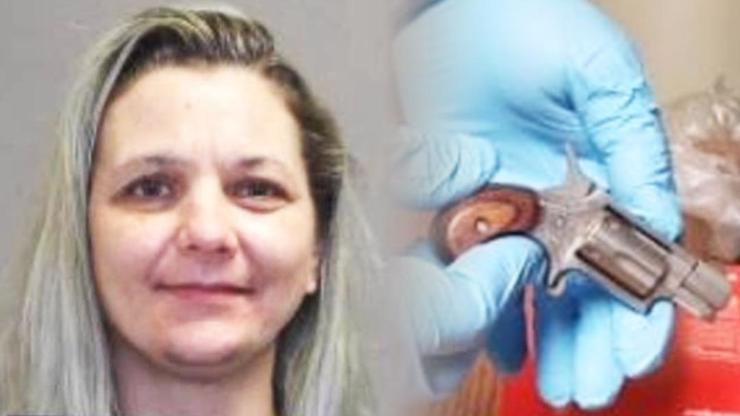 Žena propašovala do vězení revolver: Nabitý si ho strčila mezi nohy