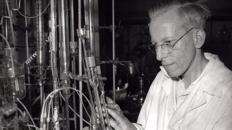 Otto Wichterle by slavil 108: K vynálezu čoček tento génius použil Merkur