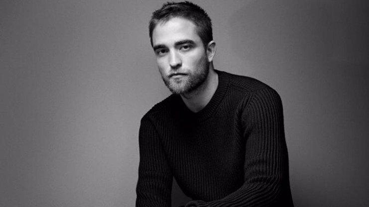 Robert Pattinson Batmanem: Z milovaného upíra je pořádný drsňák a fanoušci šílí