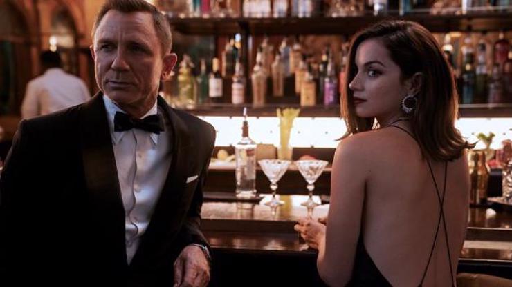 Bondgirl z Není čas zemřít: Miluju Craiga. Moje postava bude drsná, slibuje Ana de Armas