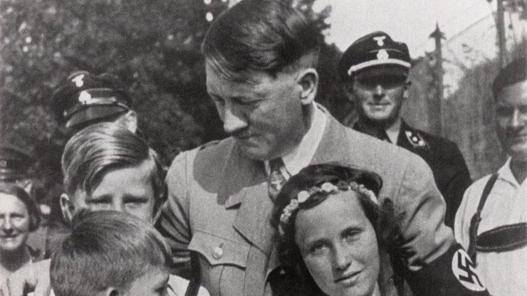 Adolf Hitler: Nacistický vůdce měl zvrácené erotické touhy. Tohle jej vzrušovalo